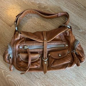 Ruehl No. 925 leather purse